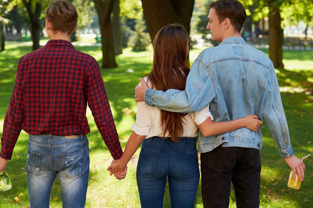 Jste pro monogamii? Stačí vám jeden partner a láska?
